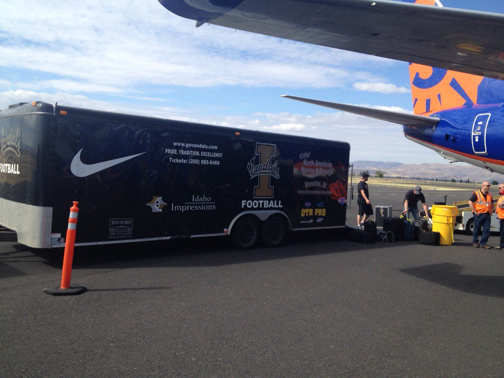 Csu And Idaho S Equipment Trucks Have Arrived In Boise